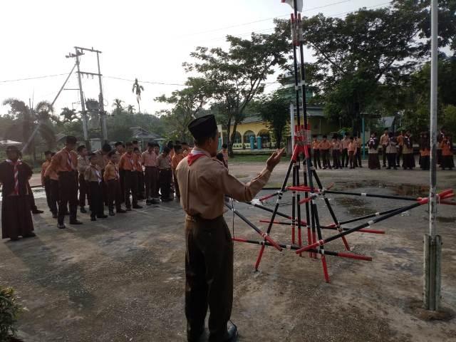 Sempena peringatan Hari Anak Nasional, MTs Nurul Jadid Pedekik Belajar Luar Ruangan
